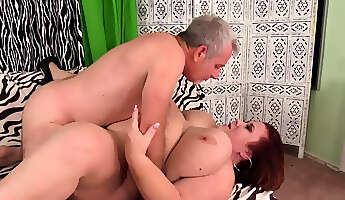 Mature BBW Nymph Lynn Worshiped and Pulverized