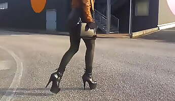 Adorable Molten BLONDE OUTDOOR LATEX AND LEATHER 8